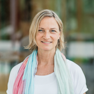 Julia Petschallies